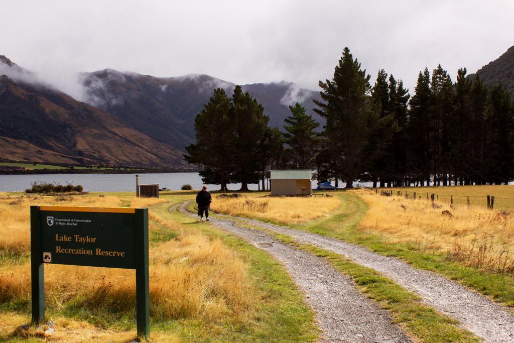 Lake Taylor DOC campsite