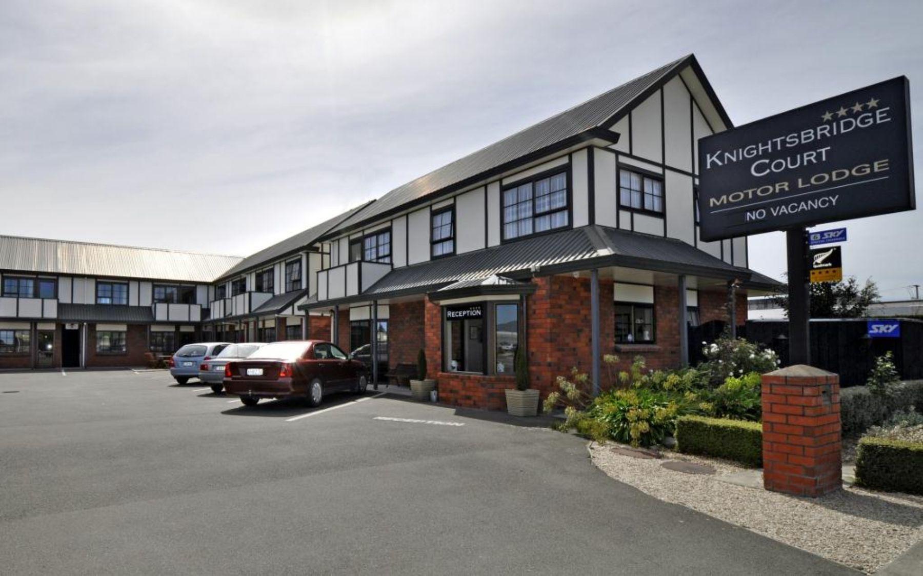 Knightsbridge Court Motor Lodge