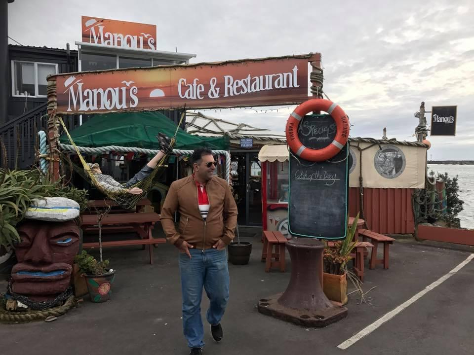 Manou's Waterfront Cafe & Restaurant