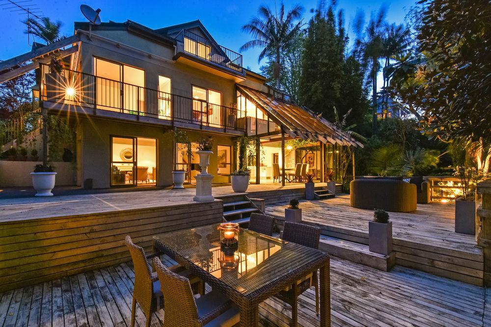 Luxury Birkenhead Villa By The Bay