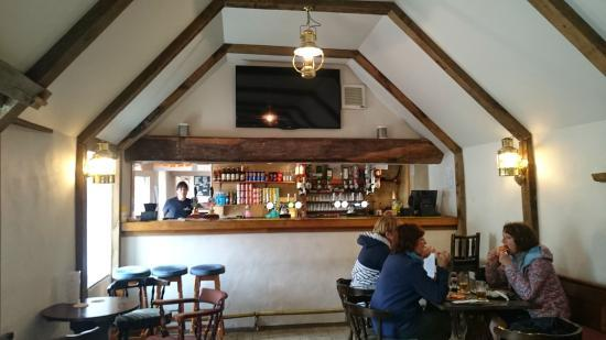 Bel-Aire Tavern