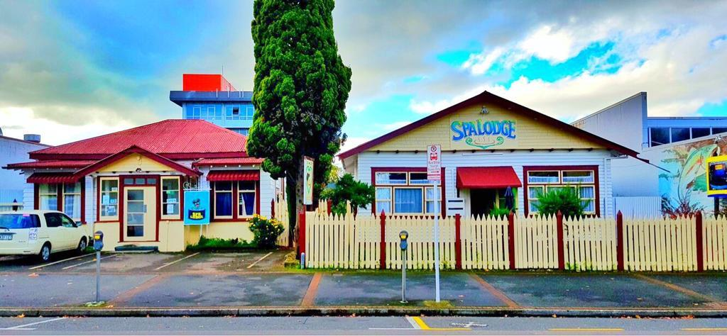 Spa Lodge - Hostel