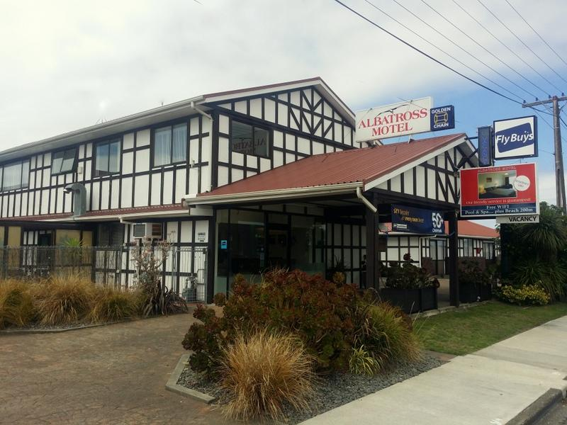 Albatross Motel