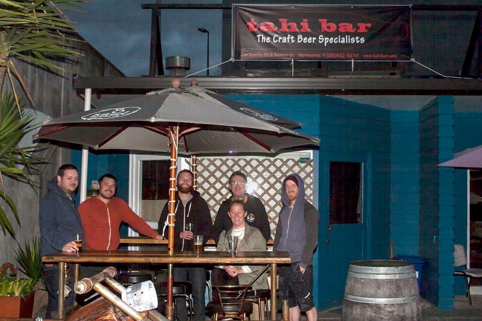 Tahi - Cafe & Bar