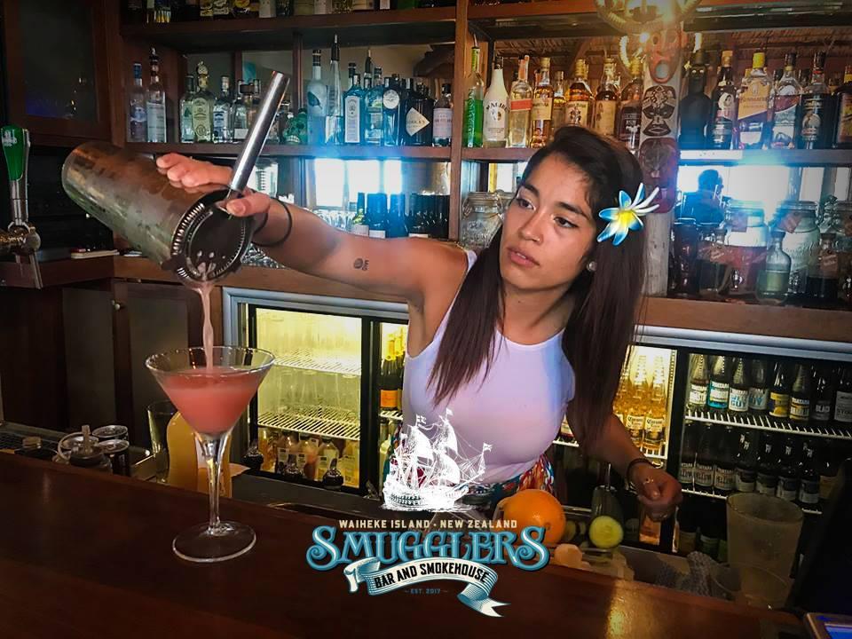 Smugglers Bar & SmokeHouse