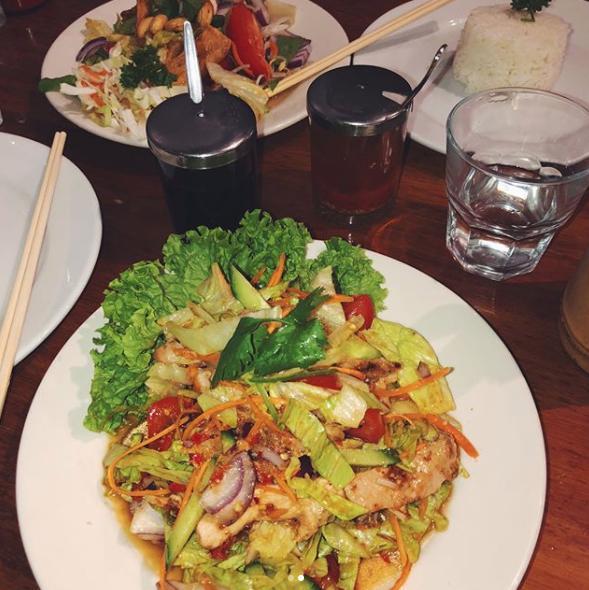 Wok N Noodle Bar