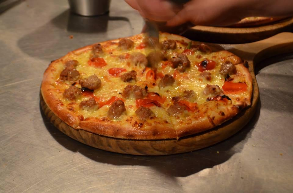 Gorgeous New York Pizza Bar