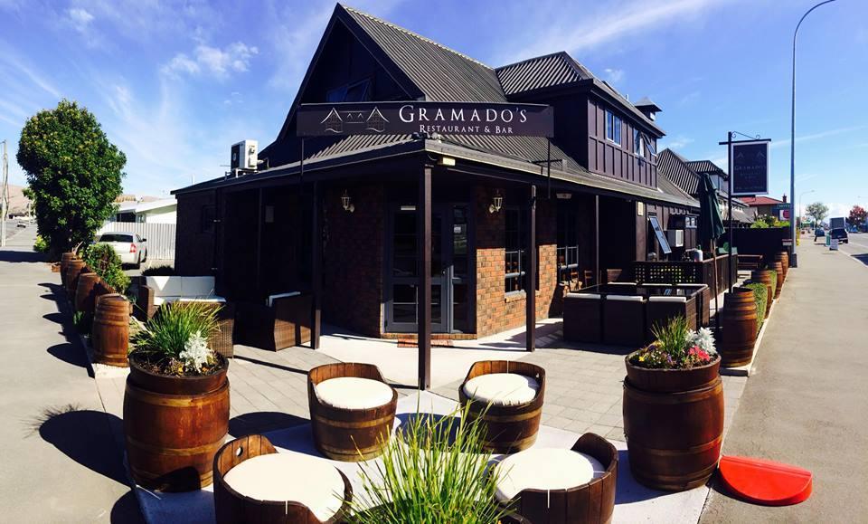 Gramado's Restaurant & Bar