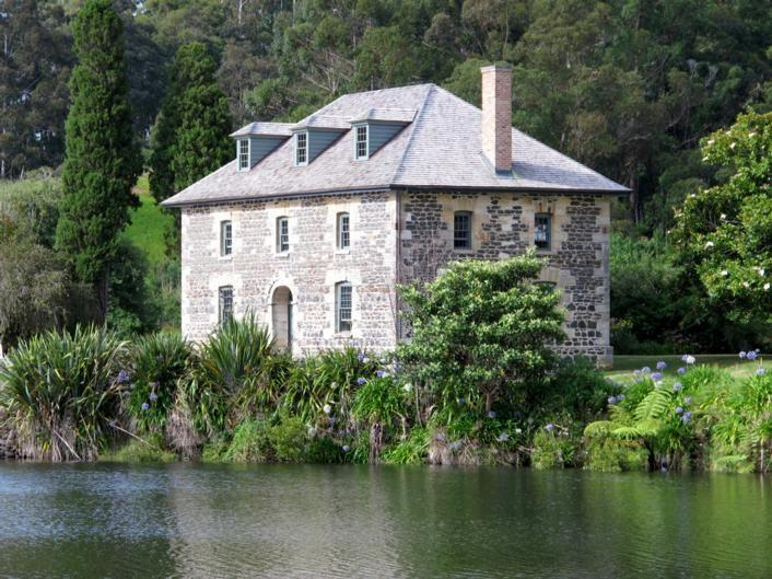 The Stone Store & Kemp House - Kerikeri Mission Station 1822