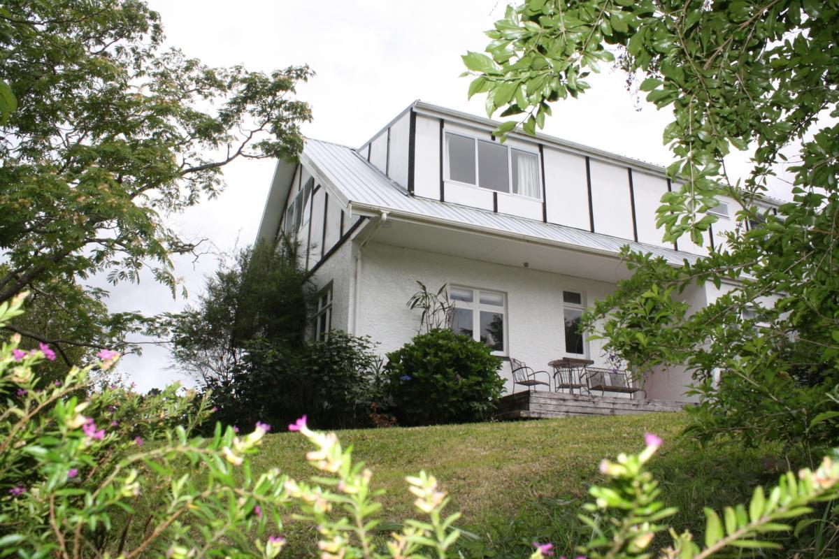 Purple Hen Guest House
