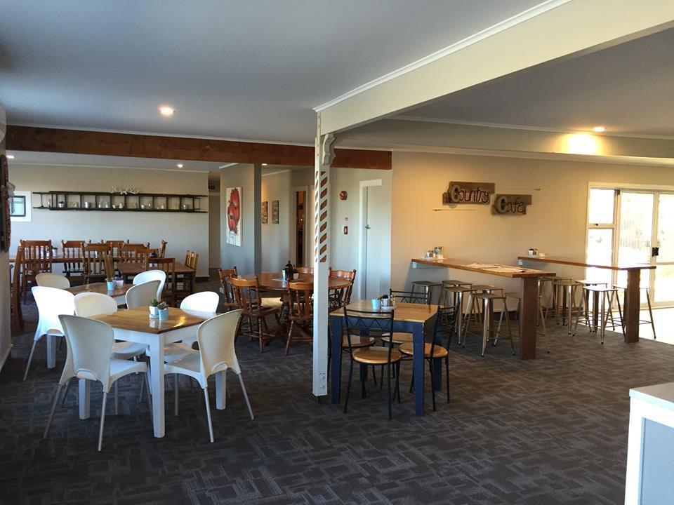 Dunsandel Tavern