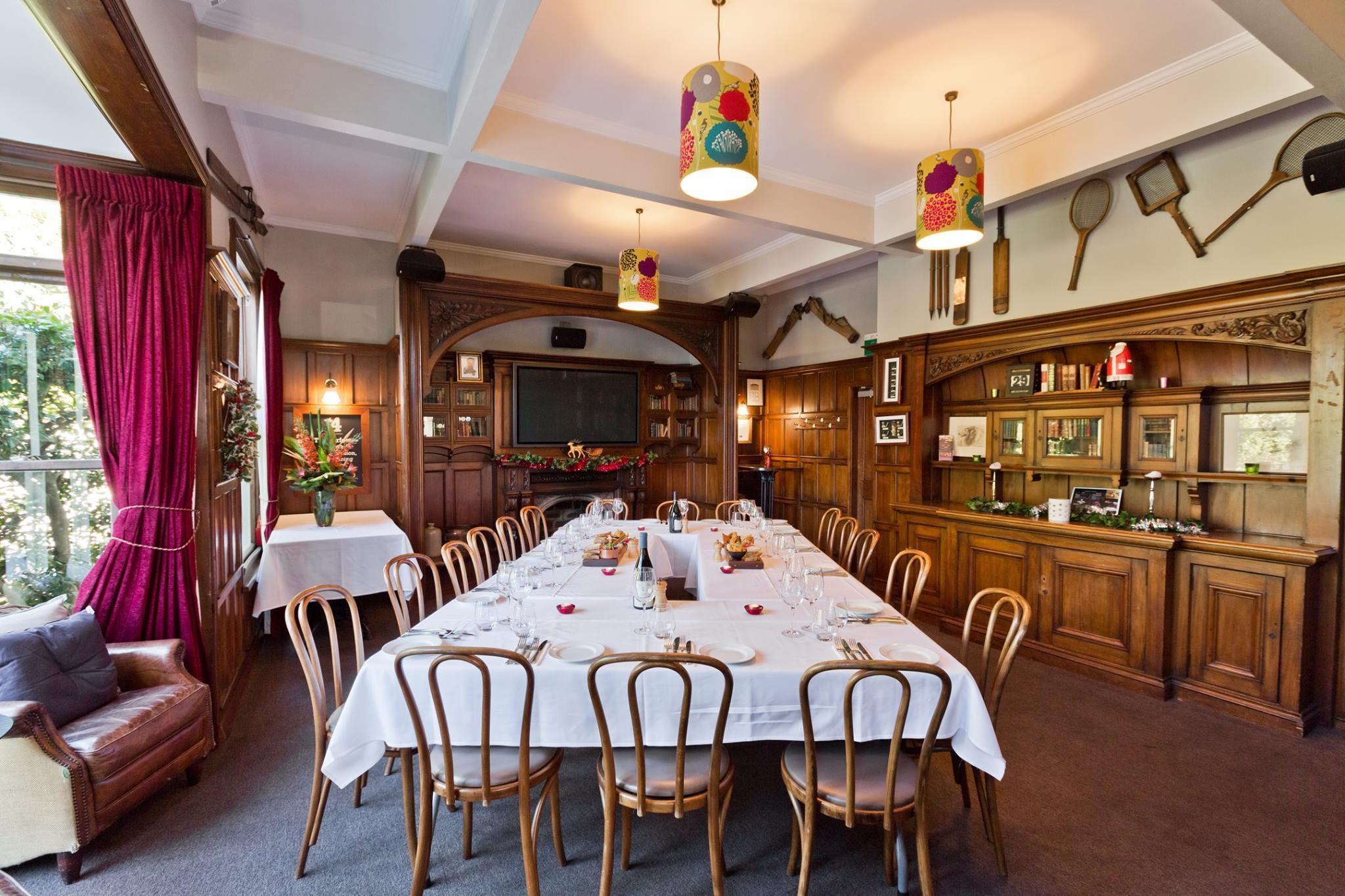 No.4 Bar and Restaurant