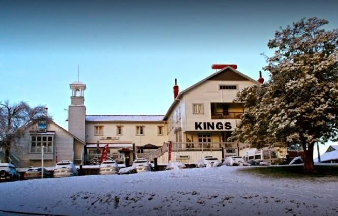 Kings Bar and Burger Saloon