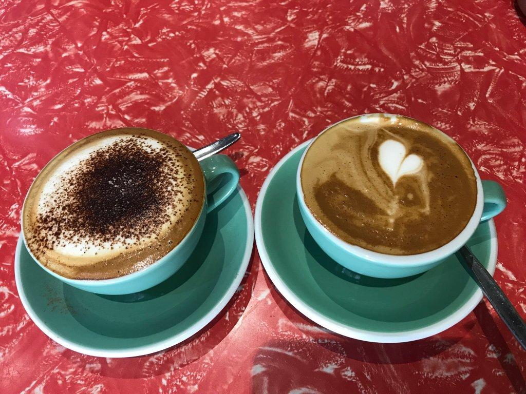 Zippy Central Bar & Cafe