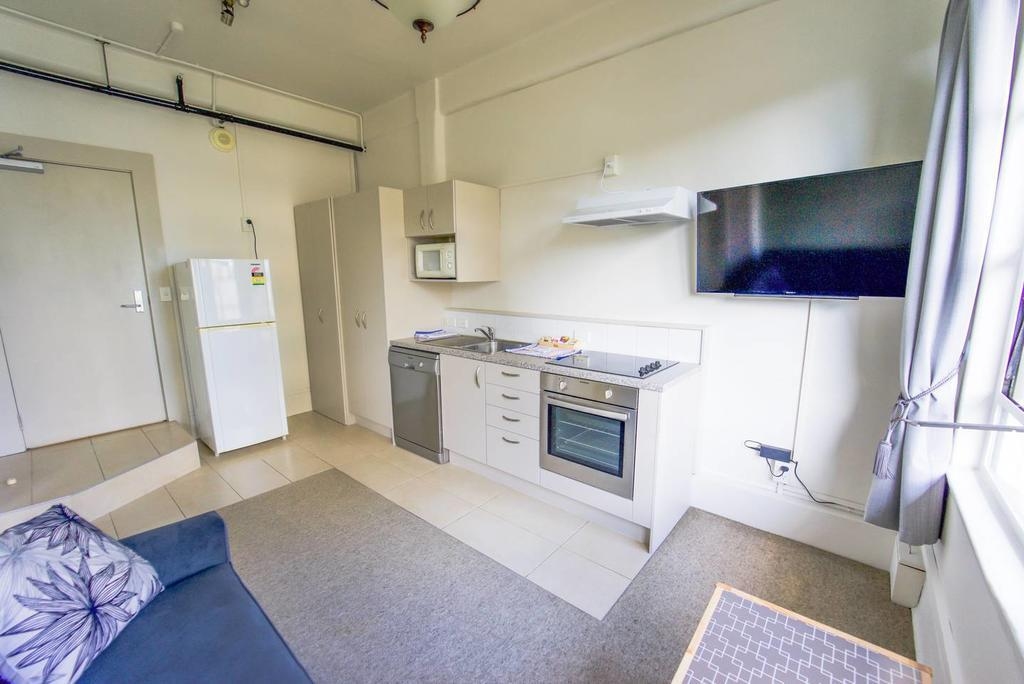 Central One Bedroom Apartment