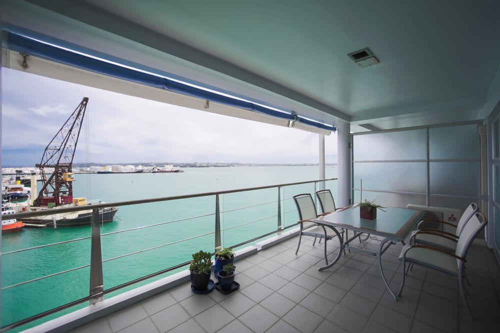 Fabulous Waterfront Apartment