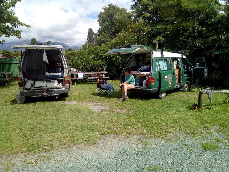 Motueka backpackers camping