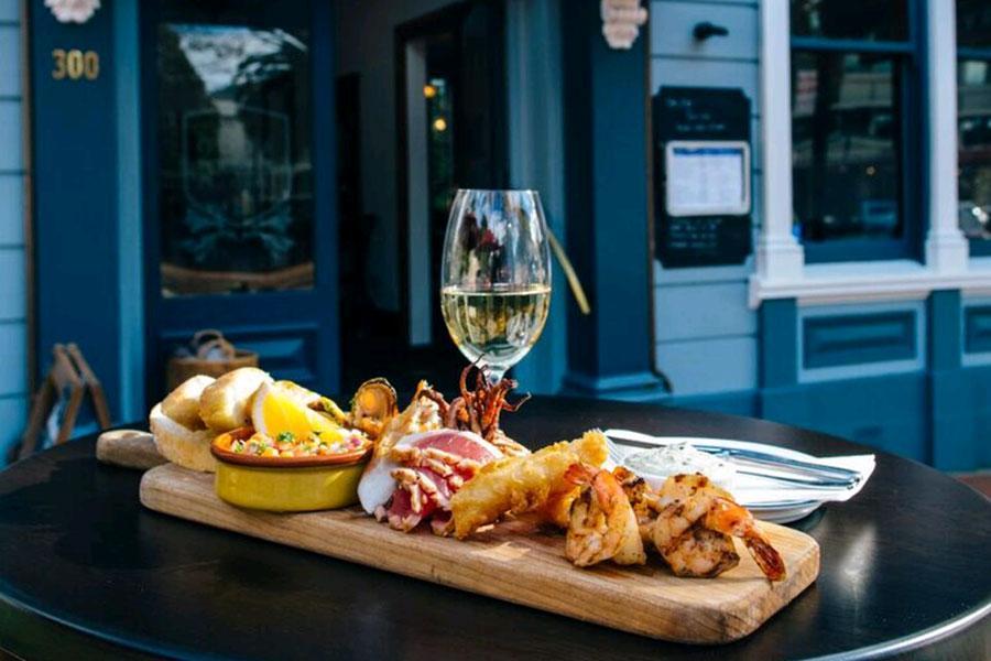 Cod & Lobster Brasserie