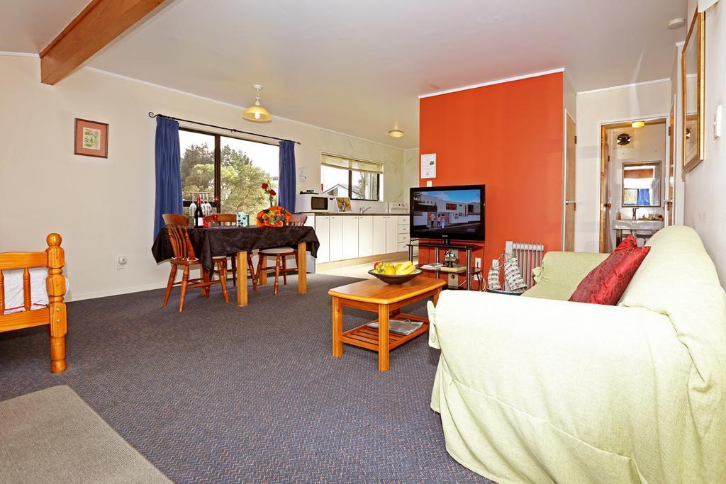 Waiuku Lodge Motel