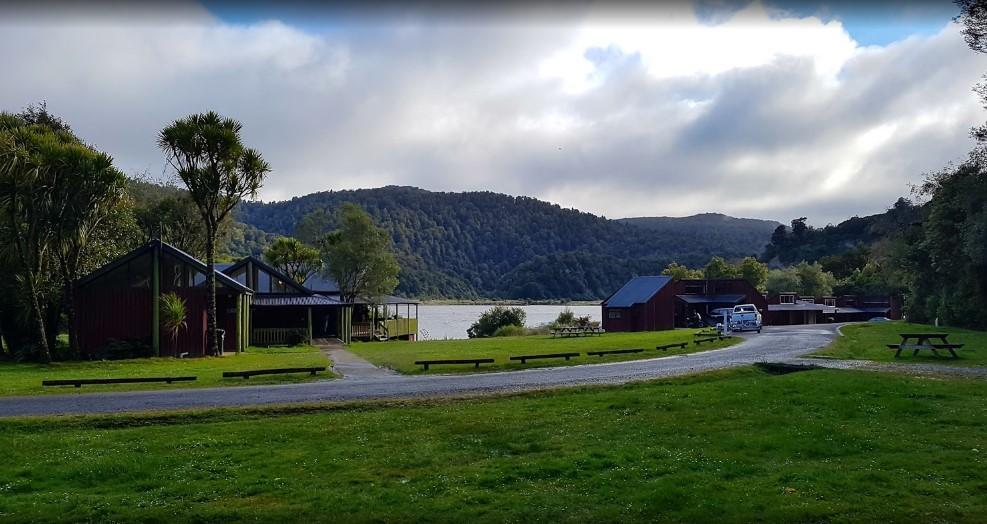Waikaremoana Holiday Park