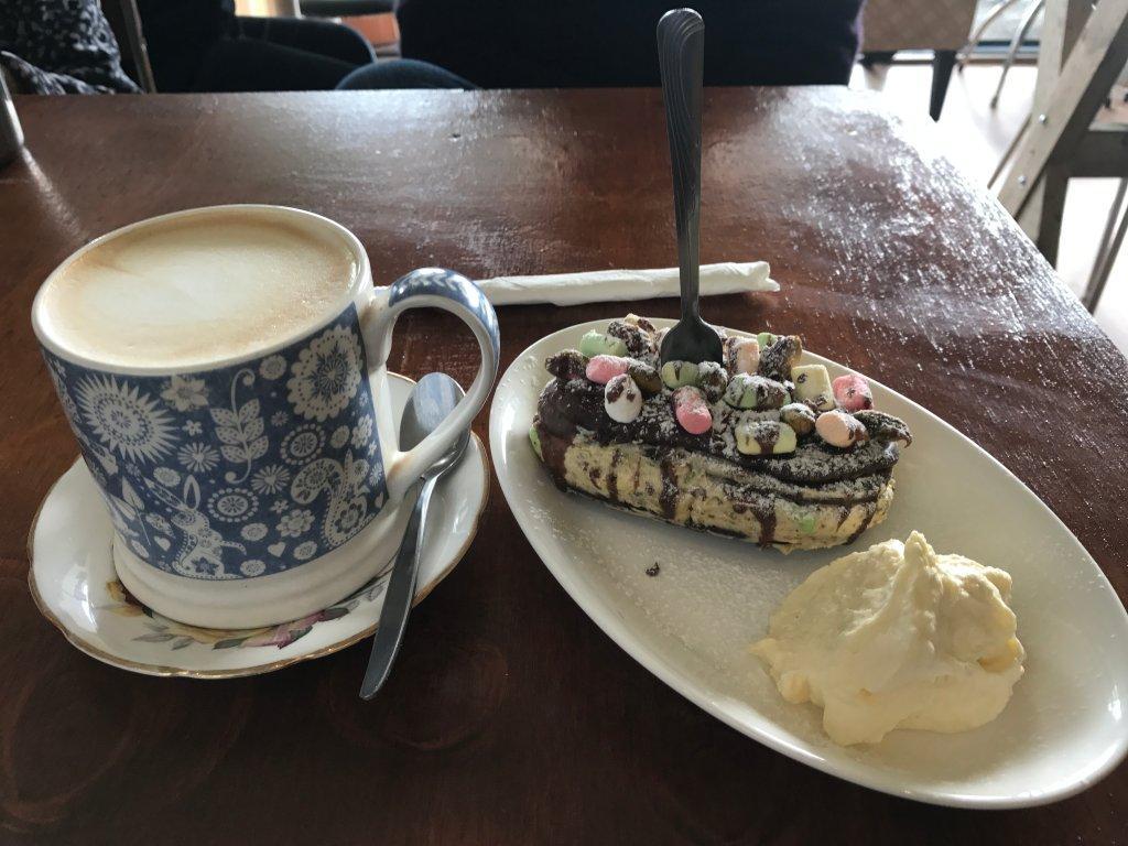 Annie Kim's Cafe
