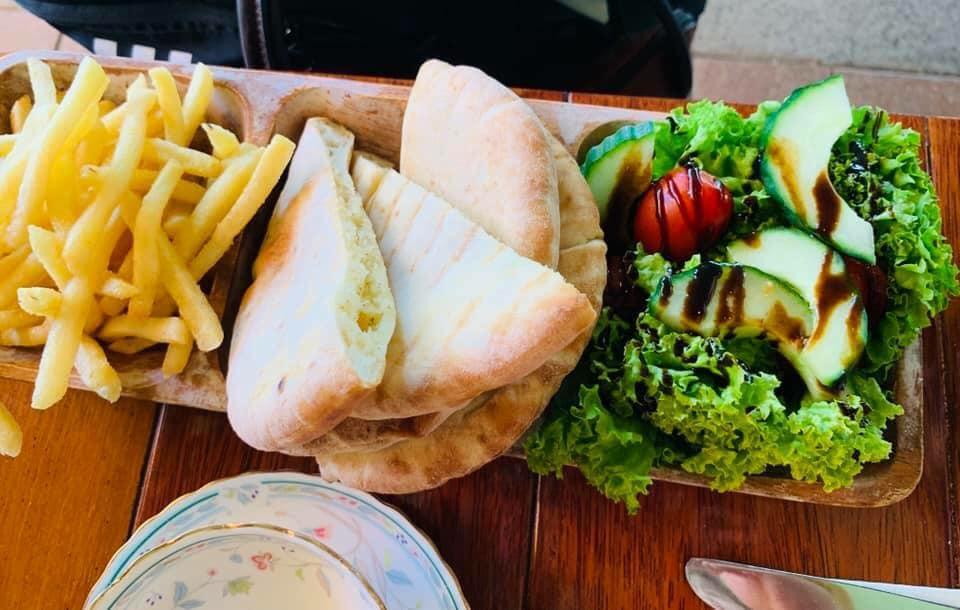 St Maragets Cafe & Bistro