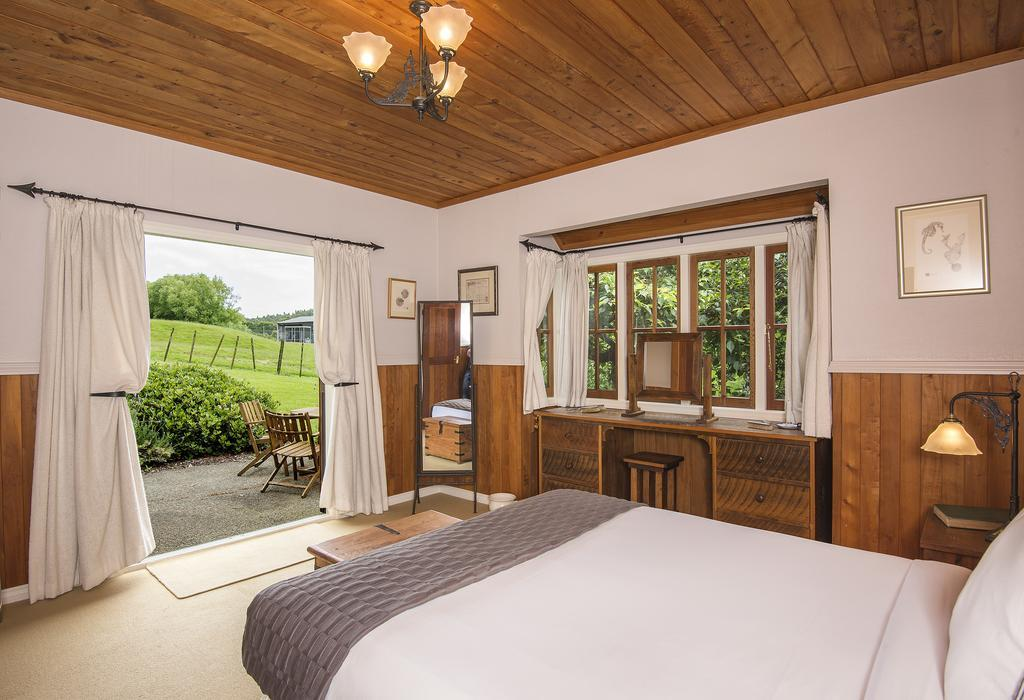 Vineyard Cottages & Conference Centre