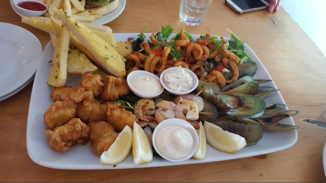 Porthouse Bar & Eatery