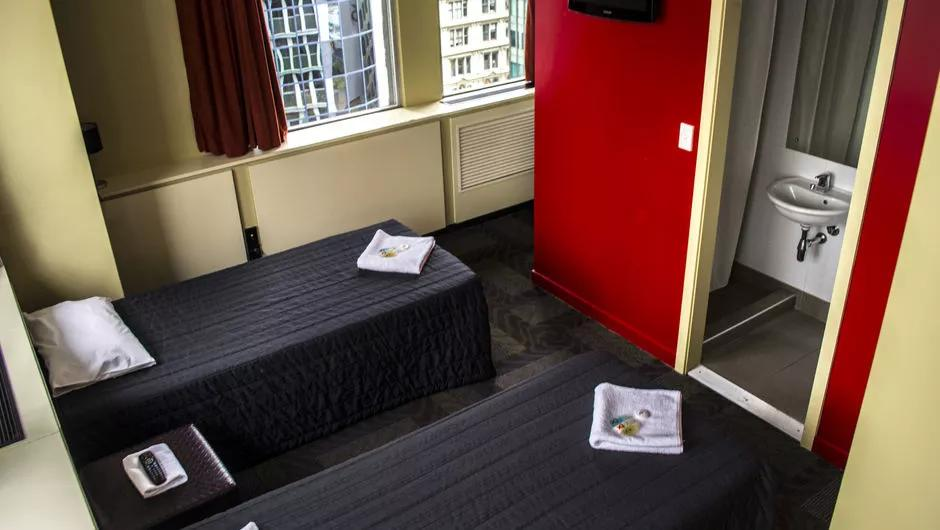 Base Backpackers Auckland