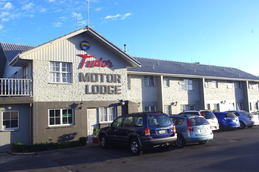 Tudor Motor Lodge