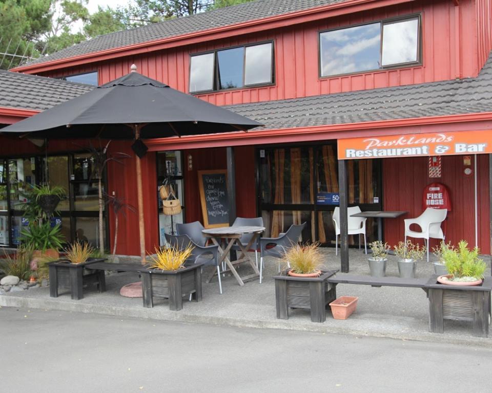 Parklands Restaurant and Bar