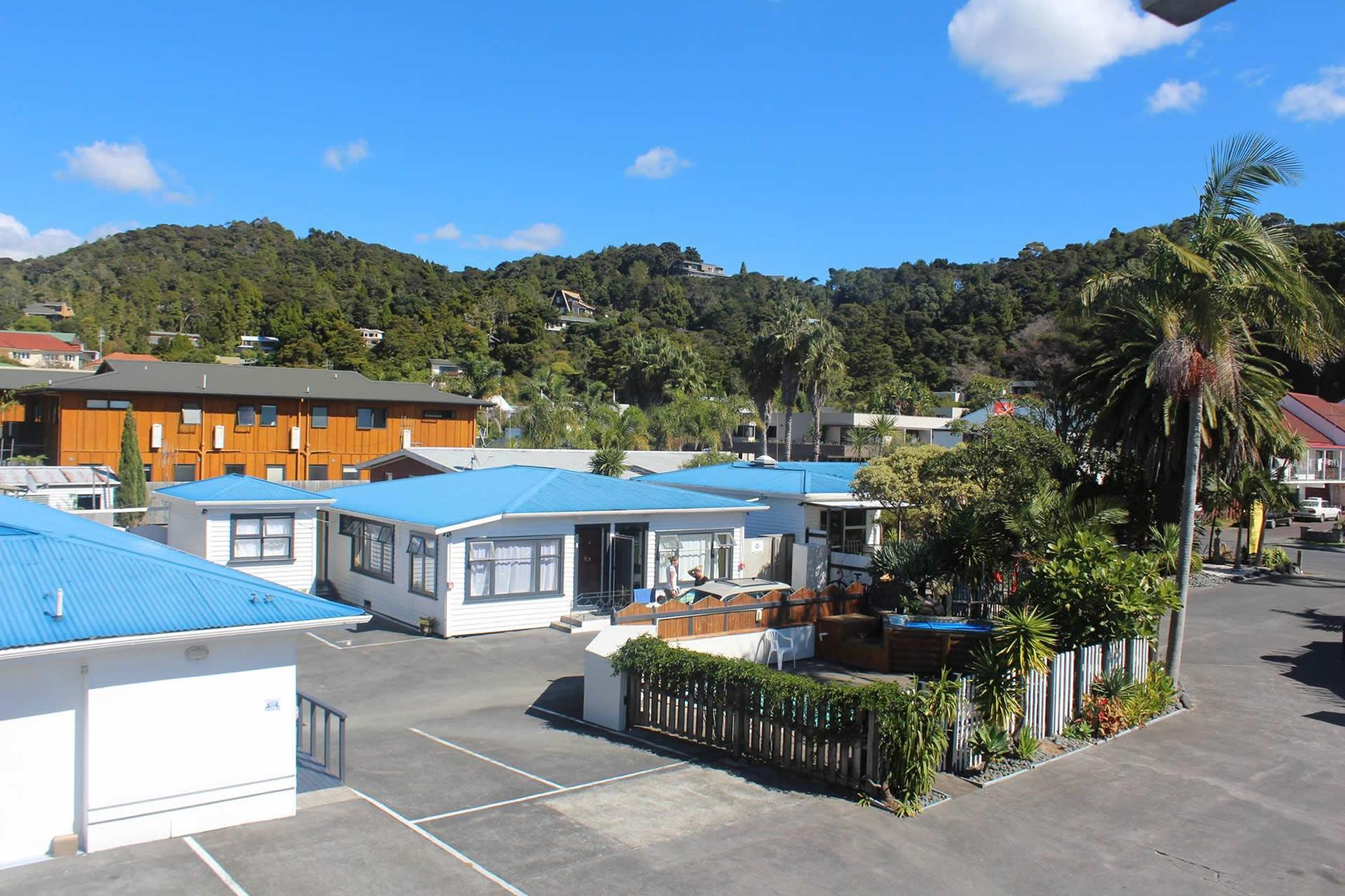 Base Bay of Islands - Hostel