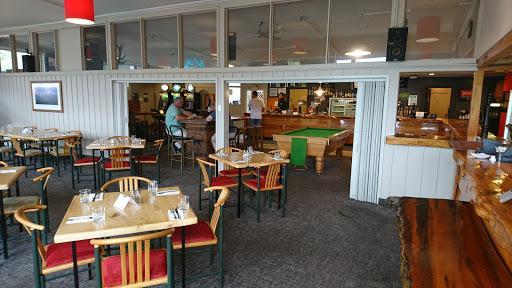 The White Pub Cafe & Bar