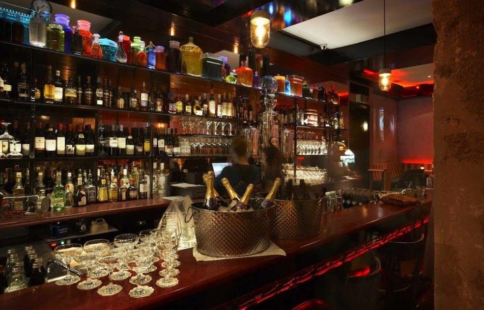 Bettys Function House & Bar
