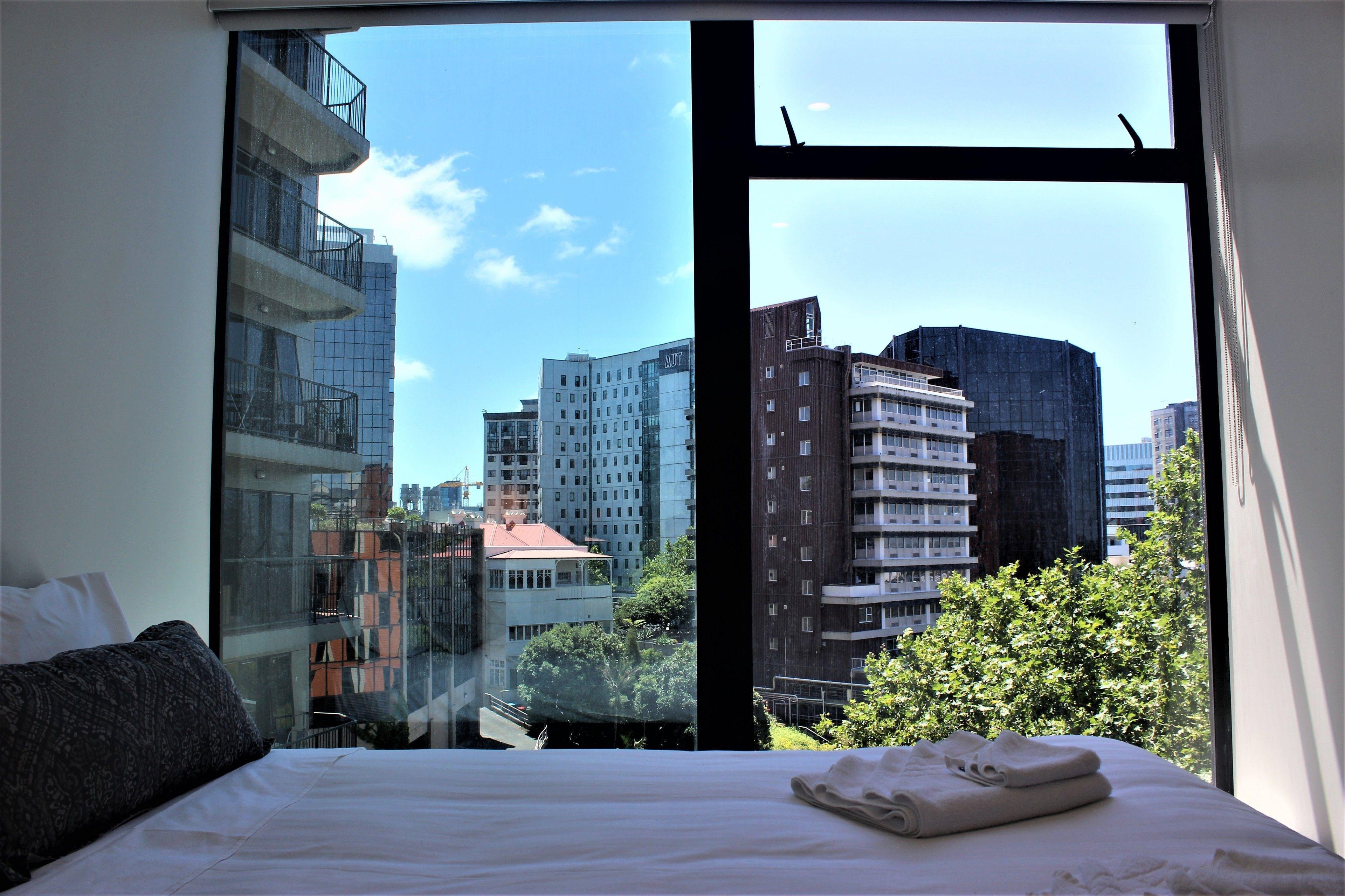 Splendid & Modern Two Bedroom Apartment