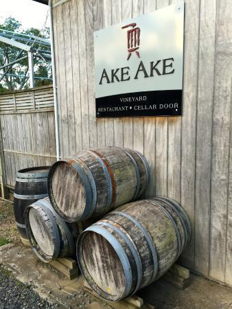 Ake Ake Vineyard Restaurant