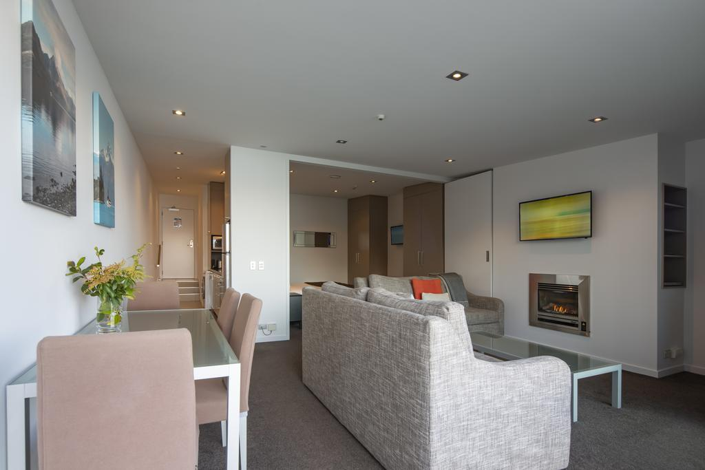 Clarion Suites Highview