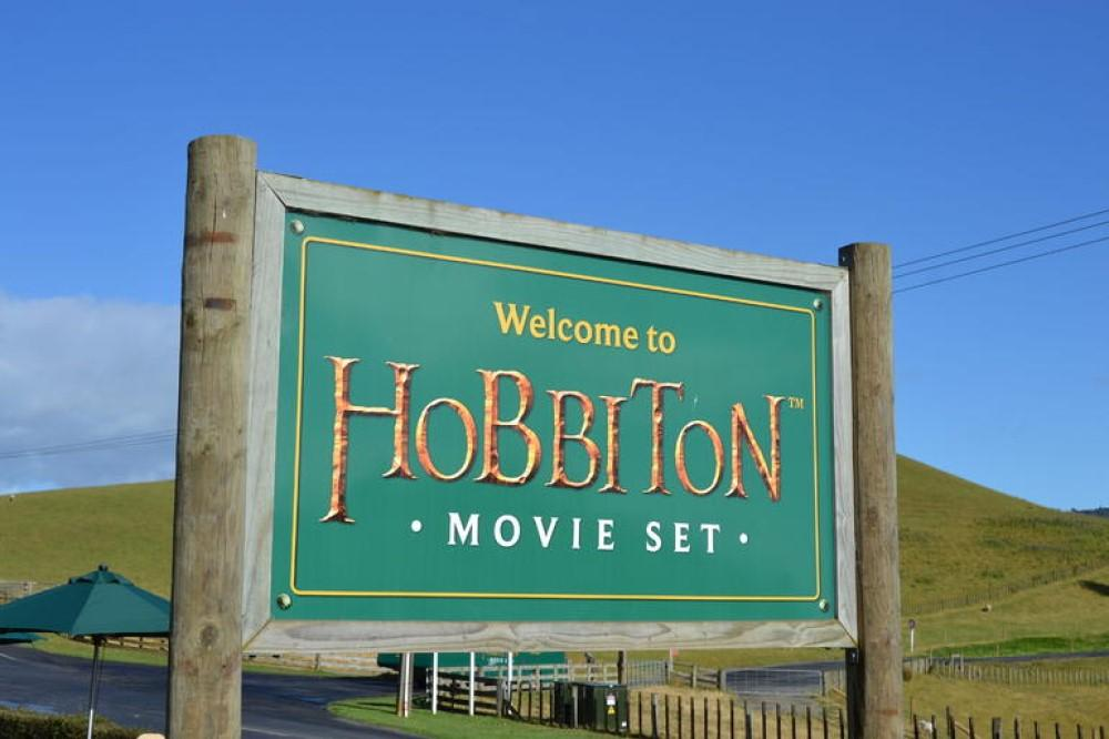 Waitomo Black Water Rafting and Hobbiton Adventure