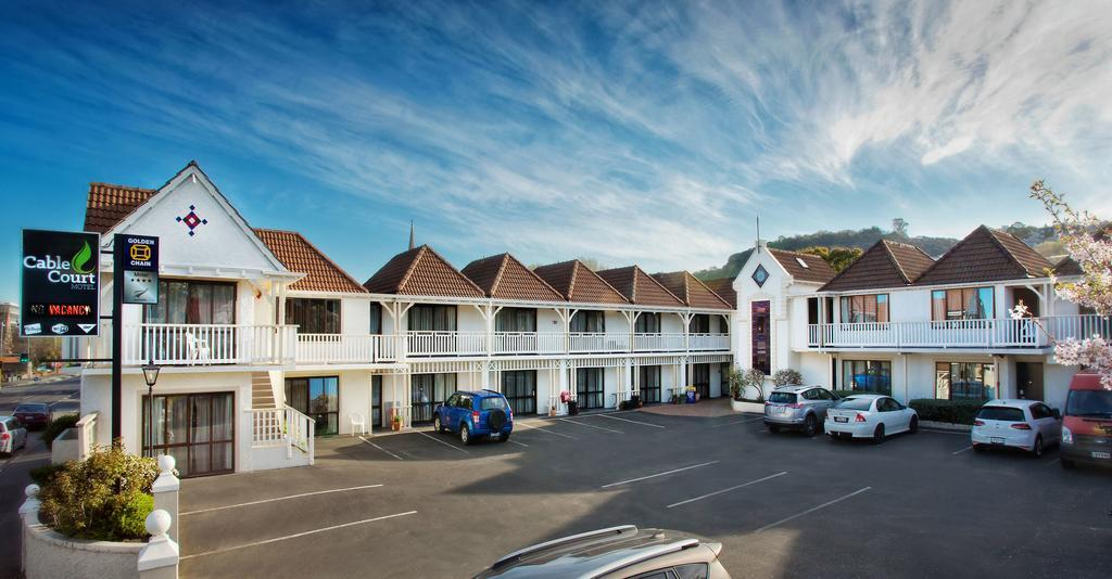 Cable Court Motel