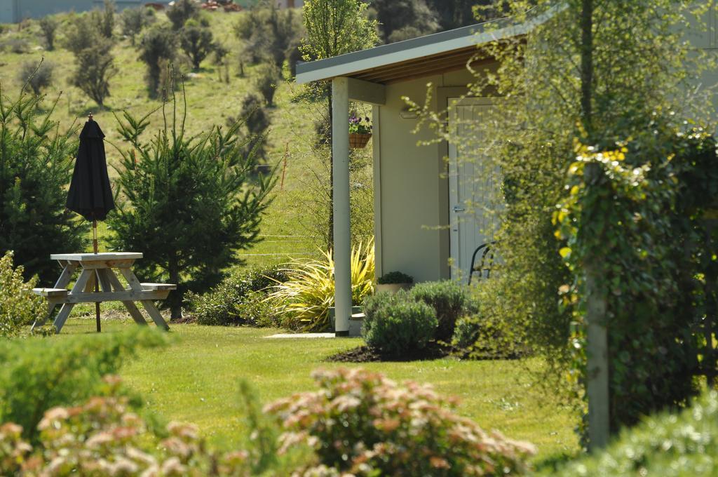 Blue Thistle Cottages
