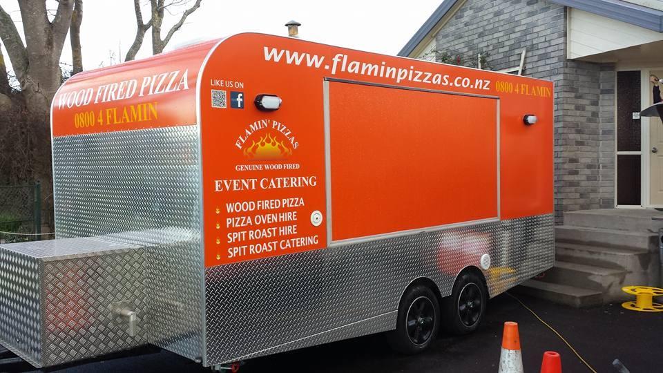 Flamn' Pizzas