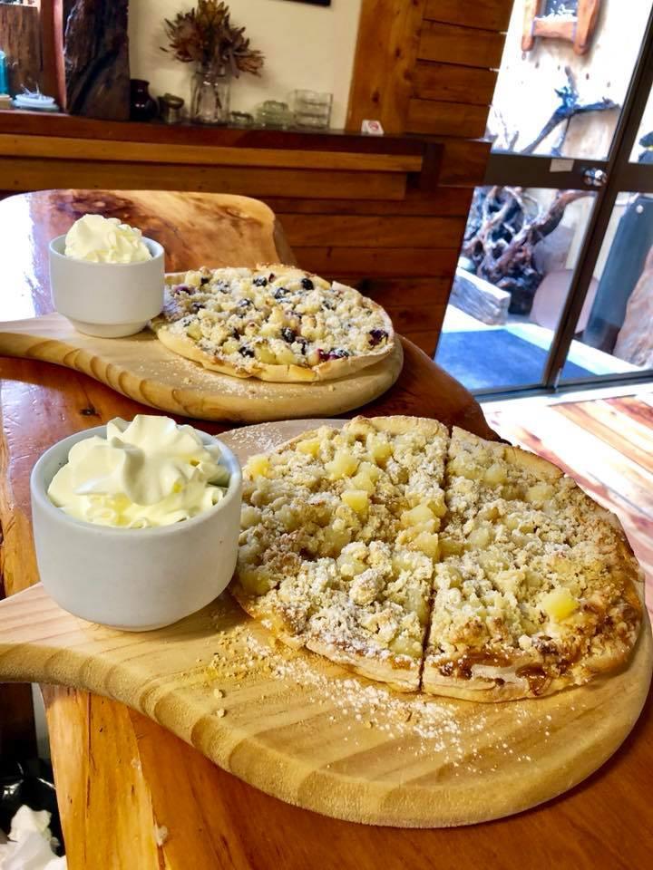 Fat Pipi Pizza