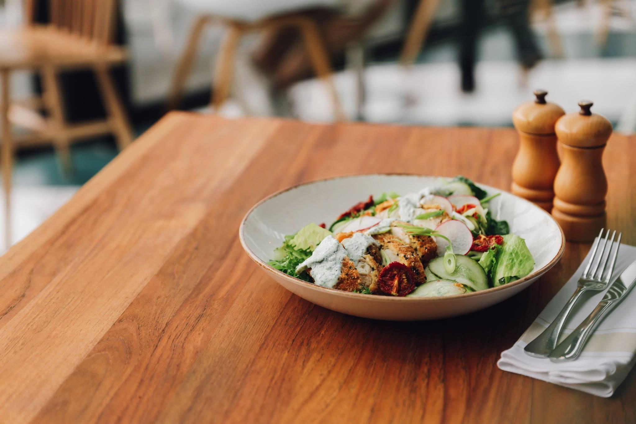 Regatta Bar & Eatery