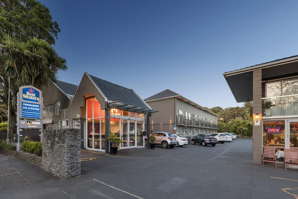 Best Western Newmarket Inn & Suites