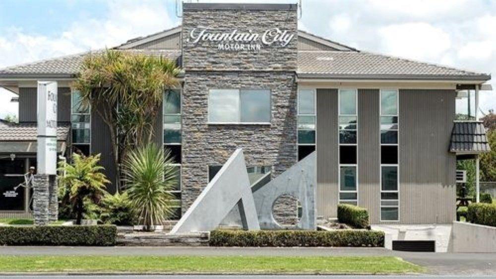 Fountain City Motor Inn