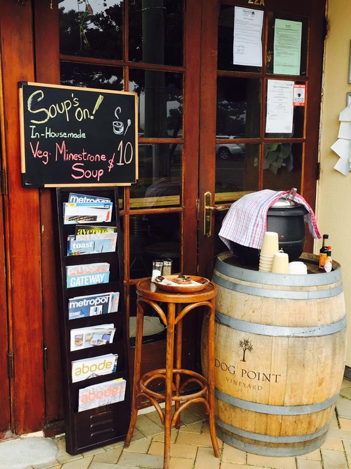 Blackbird Cafe & Bar