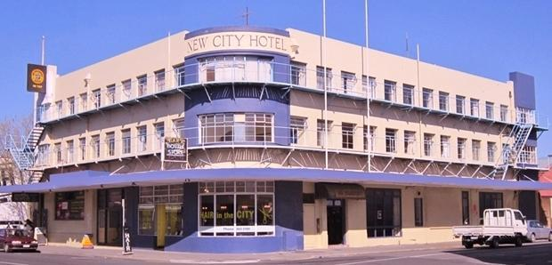 New City Hotel & Backpackers