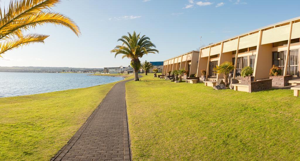 Oasis Beach Resort