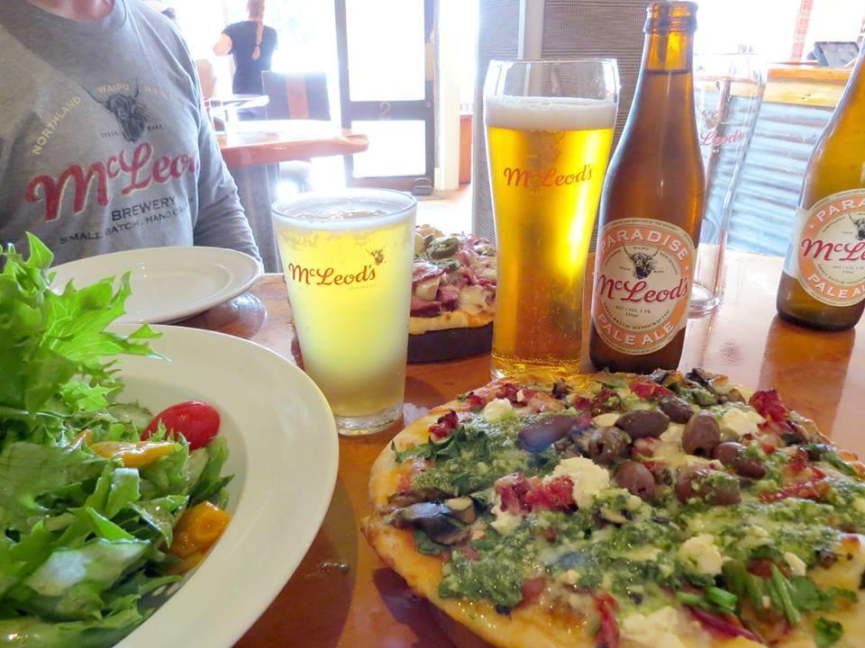 McLeods Pizza Barn & Taphouse