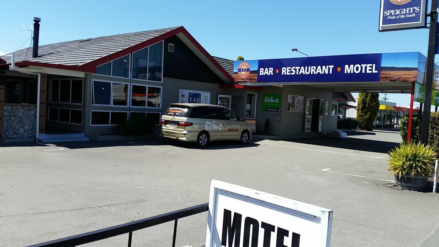 Woodbourne Tavern & Motels